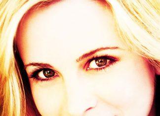 Amy Gumenick Profile