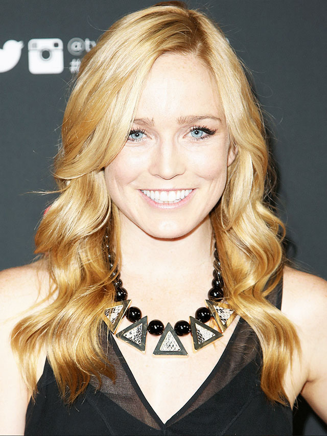 Caity Lotz Biography