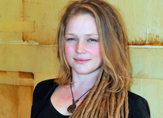 Crystal Bowersox Biography